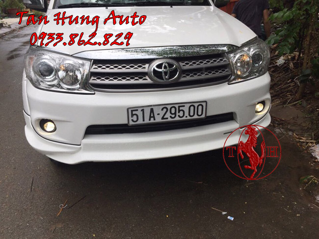 Độ Đèn Bi Gầm Toyota Fortuner 2010 Chuyên Nghiệp