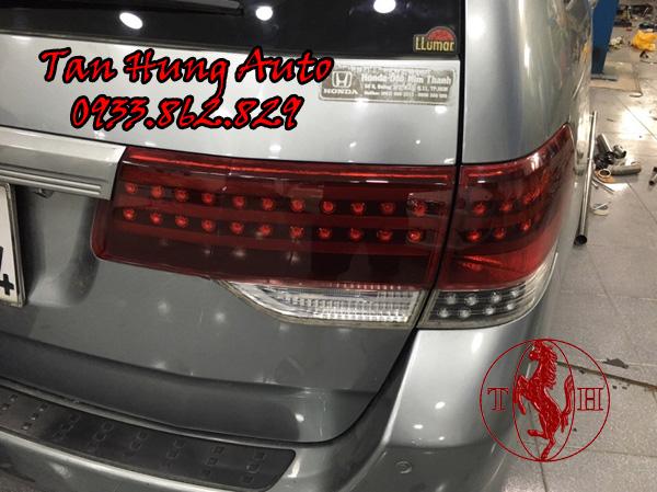 Độ Đèn Hậu Honda Odyssey 2010 Chuyên Nghiệp