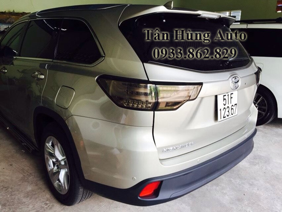 Độ Đèn Hậu Toyota Highlander 2014 Chuyên Nghiệp 01