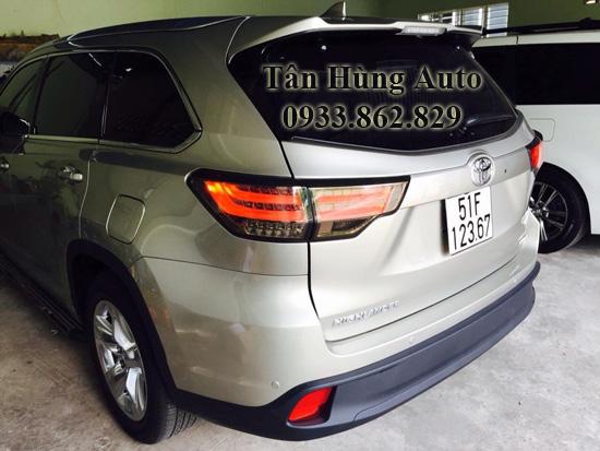 Độ Đèn Hậu Toyota Highlander 2014 Chuyên Nghiệp