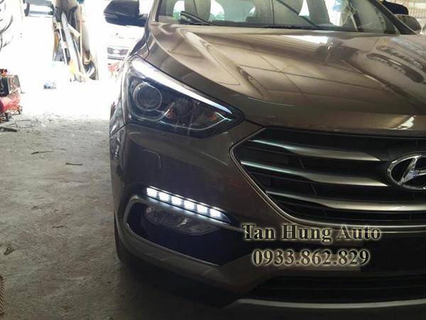 Độ Đèn Led Cản Cho Xe Hyundai Santafe 01