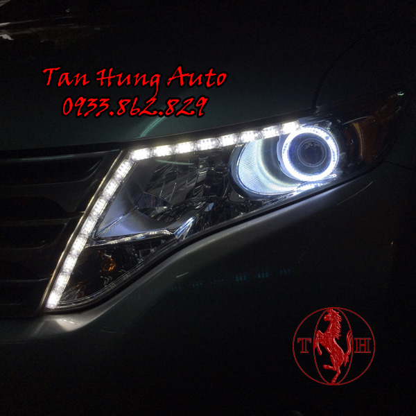 Độ Đèn Toyota Venza Tại Tân Hùng Auto